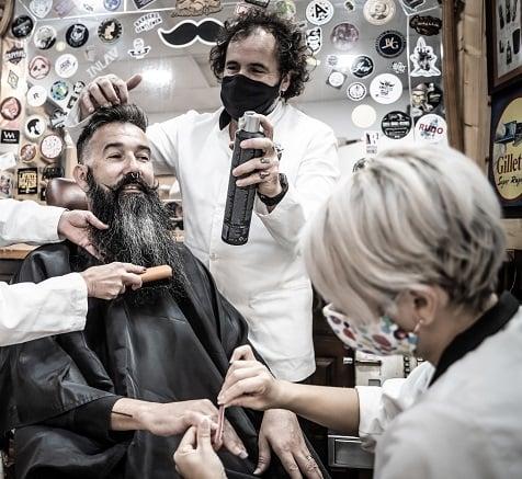 Servicios de barbería de lujo, a tu alcance - Sebastián Forner Miralles, barbero en Vinaroz (Castellón).