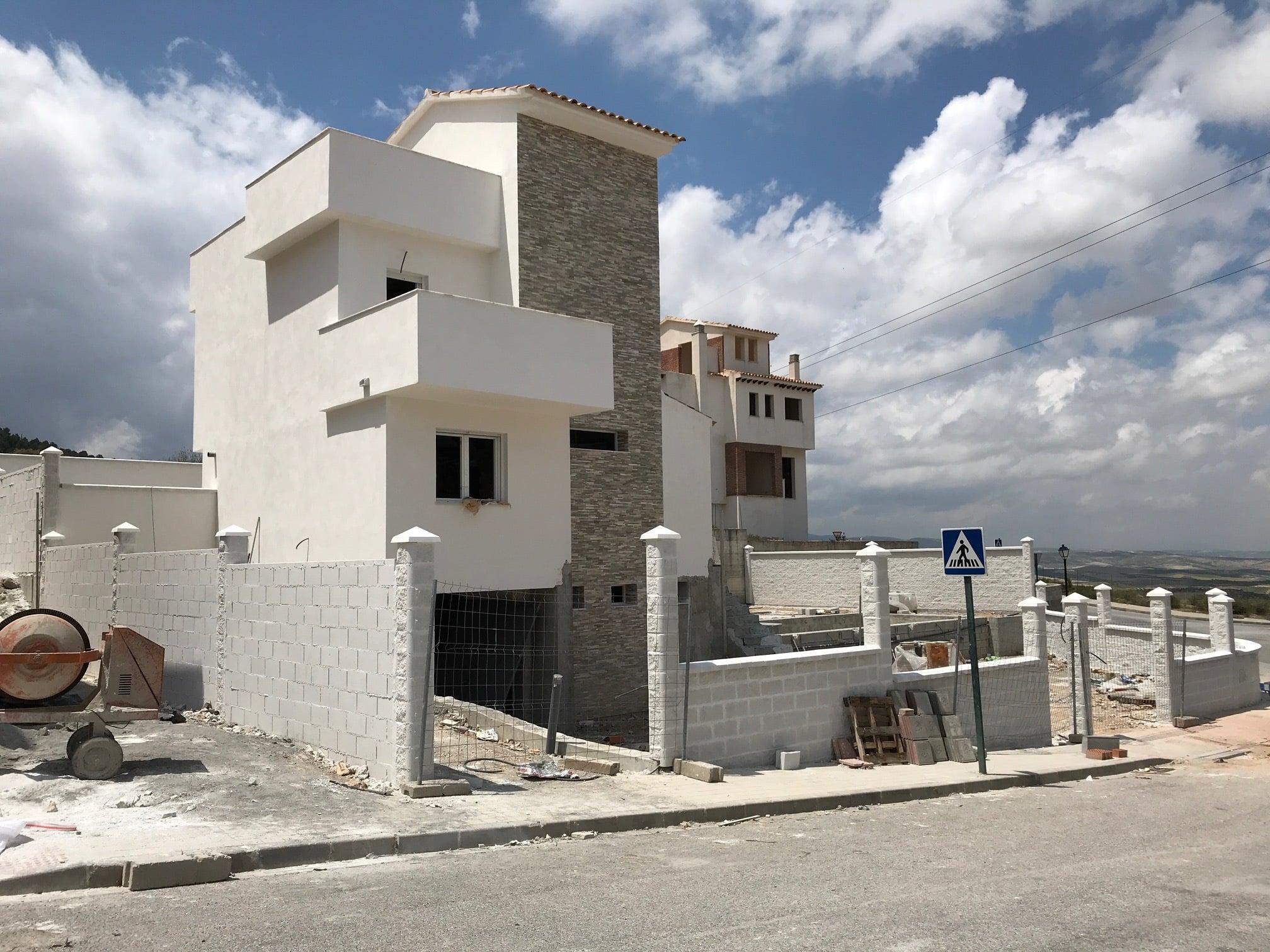 Proyectos arquitectónicos de lujo en Granada - Antonio Jaime Monerris Rivera - Arquitecto Técnico en Granada