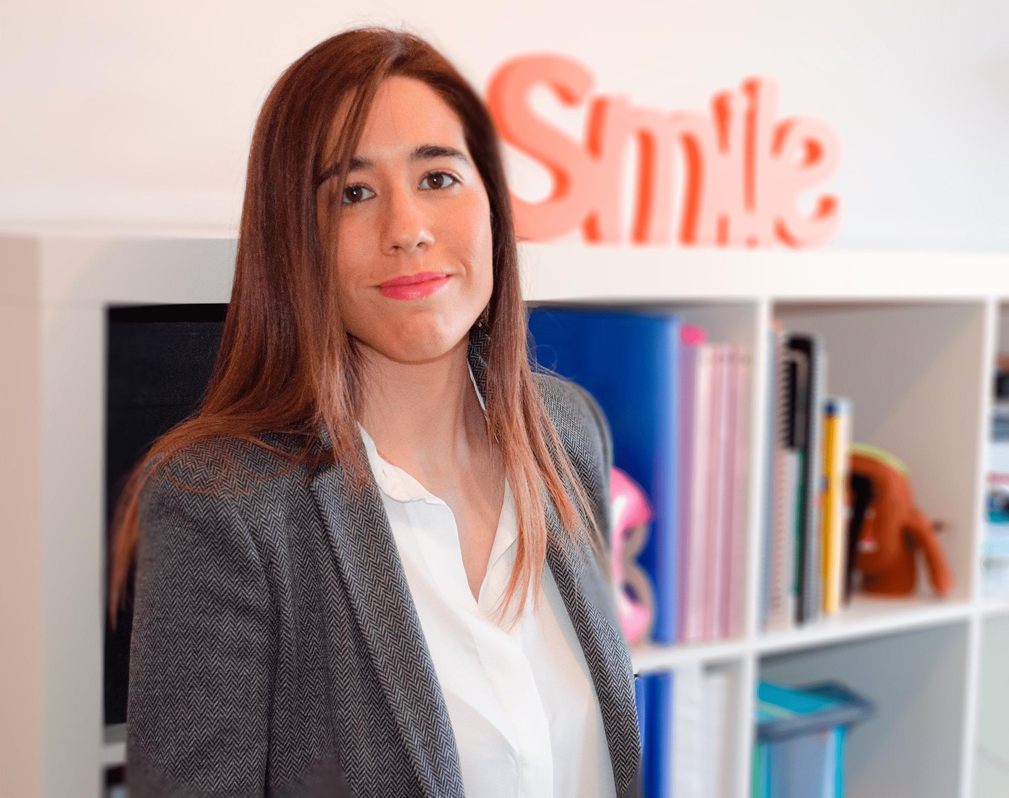 Gestiona el marketing digital de tu empresa con creatividad - Ana Martínez, experta en marketing digital en Albacete.