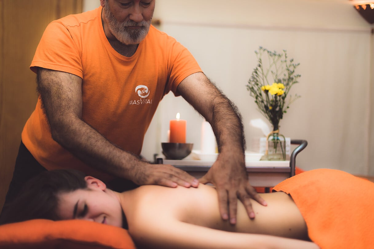 Liberándonos del estrés con el masaje Mindfulness - Roberto Álvarez Domínguez - Masajista en Granada