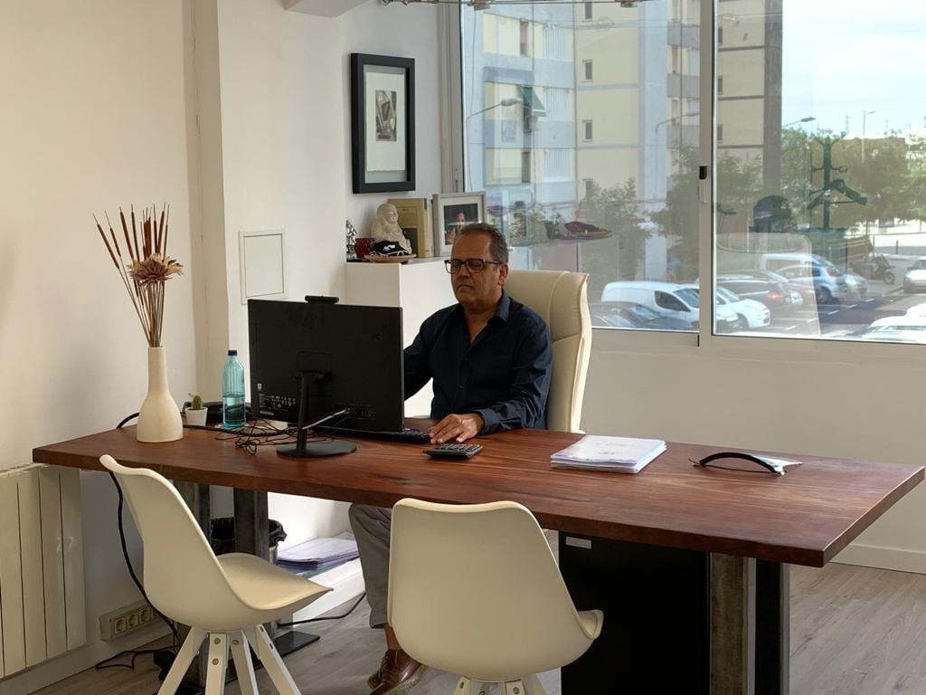 Apoyo incondicional al empleado con asesorías legales - Francisco Vázquez - Graduado Social en Barcelona