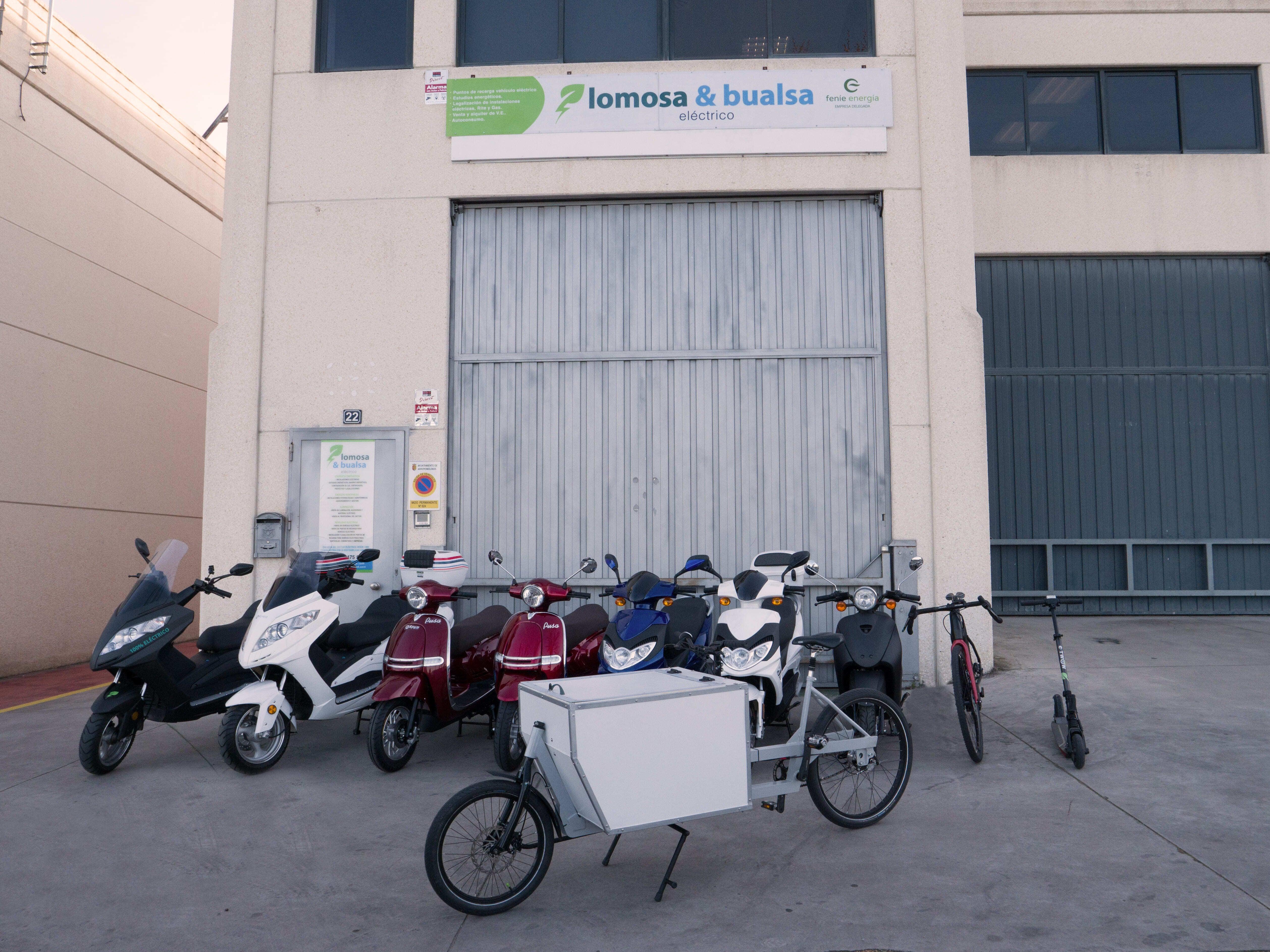 Movilidad eléctrica: comodidad y ecología en tu transporte - Alfredo López Buedo, especialista en alquiler de vehículos eléctricos en Barcelona.