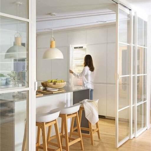 Construye y diseña el espacio ideal con garantía de calidad - Raúl Casares, experto en reformas integrales en Granada.