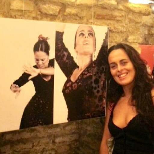 Todo lo que necesitas para disfrutar de tu pasión por el flamenco - Lidia Valle, profesora de flamenco y vendedora de atuendo flamenco.