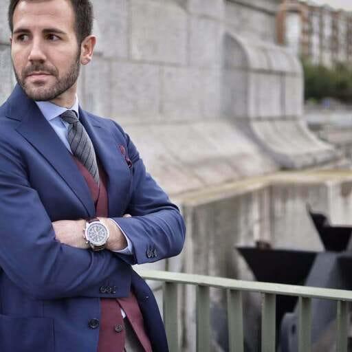 Revístete de elegancia con tu sastrería a medida - José García, sastre a medida en Madrid.