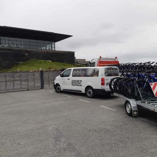 Bicis eléctricas para rutas divertidas y sin desgaste - Mikel - Alquiler de Bicis en Vitoria-Gasteiz