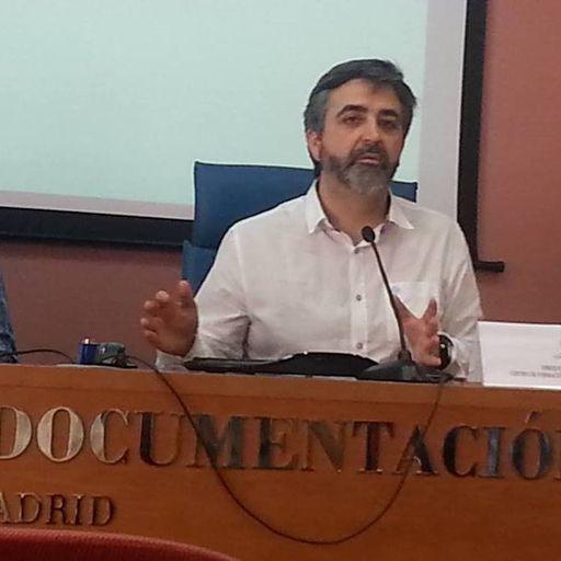 Preparación de oposiciones a bibliotecas C2 y C1 - Enrique Navas Benito, preparador de oposiciones a Auxiliar y Técnico Auxiliar de biblioteca en toda España