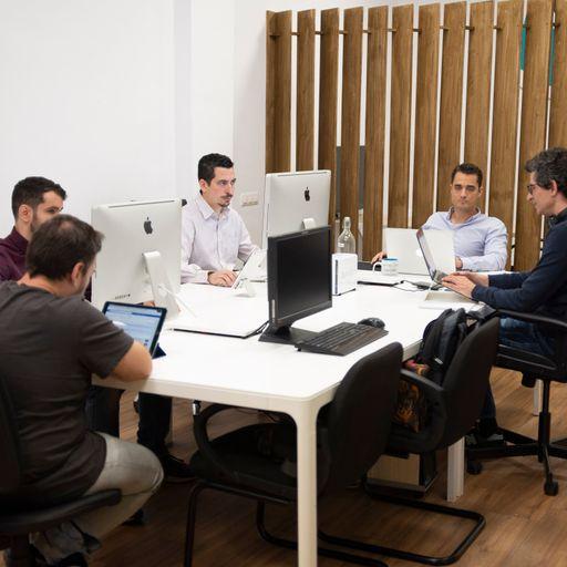 Desarrollo de páginas web de calidad que marcan la diferencia - Macredi 2.0 Solutions, diseño web a medida en Tarragona.