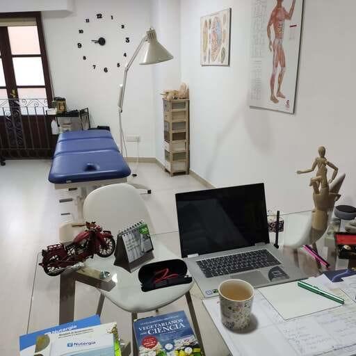 Terapias tradicionales chinas para mejorar tu salud - Maribel Rodríguez Perdiz, acupuntora en Ourense.