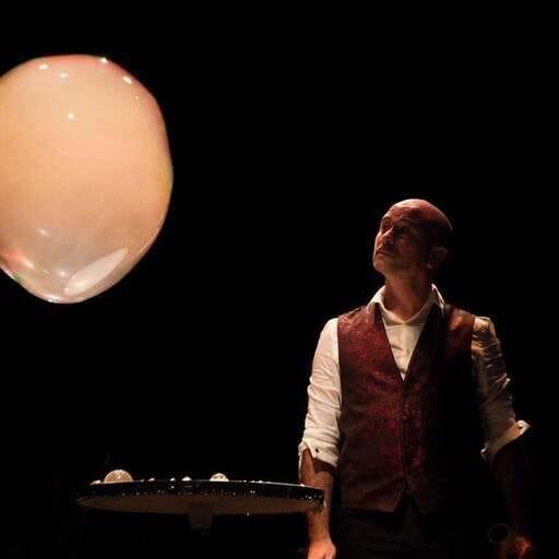 Anima tu evento con actuaciones inolvidables - Andrés Cócola, organizador de eventos de entretenimiento en toda España.