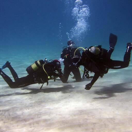 Buceo seguro junto a expertos certificados - Francisco Javier Lagoa Anca - Instructor de Buceo en Cádiz
