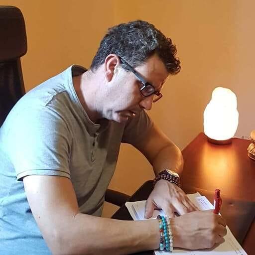 Un psicólogo al servicio de la calidad de vida de sus pacientes - Psicólogo profesional - Juvenal Ornelas
