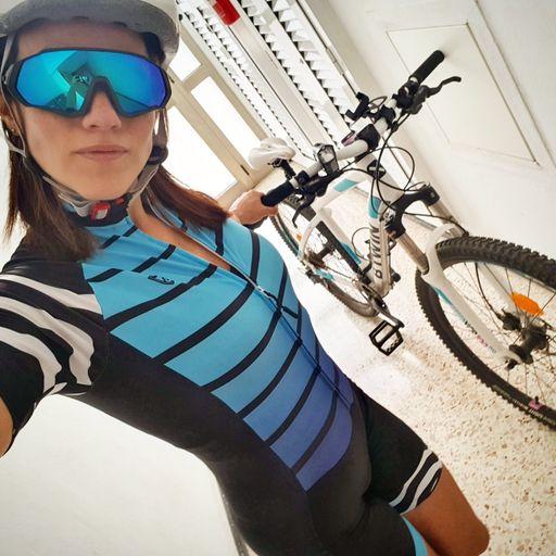 Clases de Pilates: mejora integral para tu cuerpo - Adriana Albini, instructora de Pilates en Las Palmas de Gran Canaria.