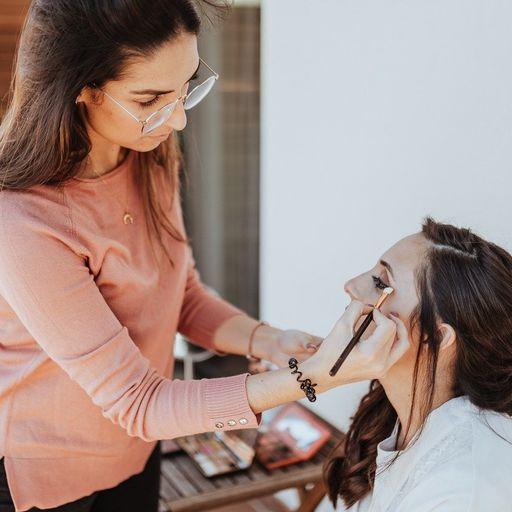 Tu look perfecto gracias a tu maquilladora profesional - Patricia Viera, maquilladora profesional en Las Palmas de Gran Canaria.