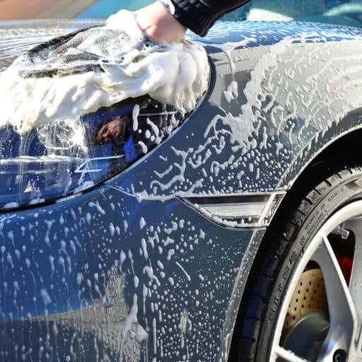 Los mejores tratamientos para proteger y embellecer tu coche - Alfredo de Frutos Sastre, especialista en detailing en Arganda del Rey (Madrid).