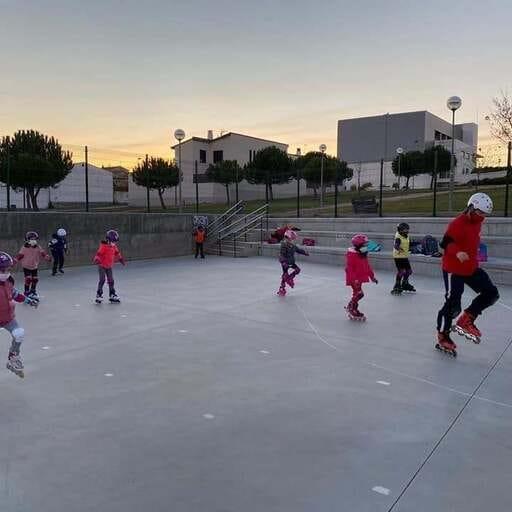 Ruedas en tus pies y diversión con seguridad en Salamanca - Pablo Enrique Martín Sánchez - Clases de patinaje en Salamanca