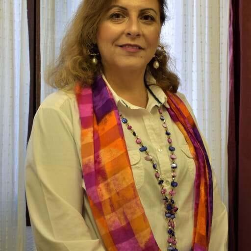 Una brújula psicológica para caminar hacia tu bienestar - Roya Massarrat, psicóloga sistémica en Barcelona.