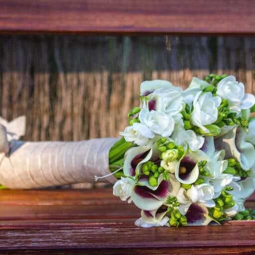 La elegancia y belleza de las flores para tus momentos especiales - Maribel, florista en Las Palmas de Gran Canaria.