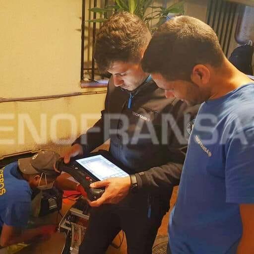 Cuida tus redes de saneamiento con labores de pocería - Pablo Moreno, pocero en Madrid.