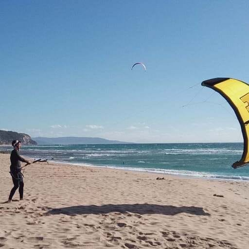Descubre el kite surf en la maravillosa costa de Cádiz - Jano, instructor de kite surf en Sancti Petri.