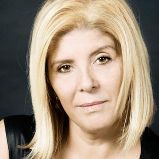 Pon internet de tu parte con el mejor marketing digital - Carmen Delia Pérez, experta en marketing digital en Santa Cruz de Tenerife.