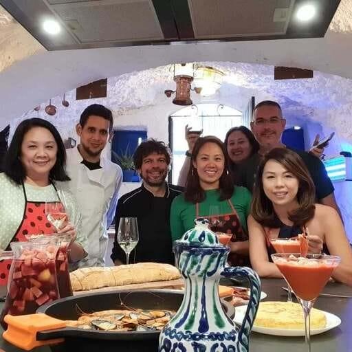 ¡Gastronomía internacional en un ambiente lleno de pasión! - Deleitate con las creaciones de El Arte del Buen Yantar!