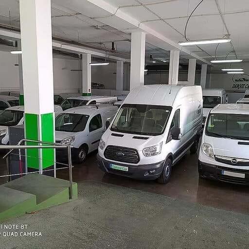 Encuentra el vehículo que necesitas para cubrir tus necesidades - Ajay Daryanani, especialista en transporte y en alquiler de vehículos en Las Palmas.