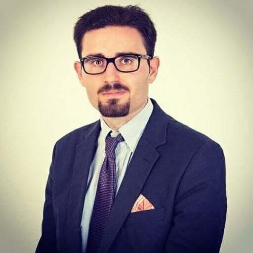 La administración de tu comunidad de propietarios en las mejores manos - David Francisco Anguiano Pacheco, administrador de fincas en Jaén.