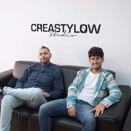 Creatividad y elegancia para tu mejor diseño web a medida - Juan Francisco Ramiro y Carlos Jesús Fernández, diseñadores web en toda España.