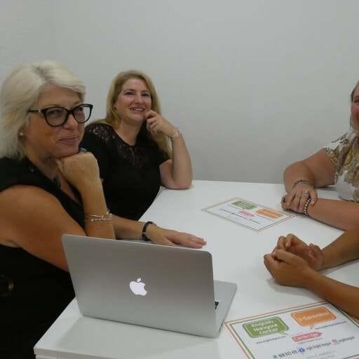 Inglés y otros idiomas para ampliar tu mundo - Pamela Jane Burton Walmsley, directora de i-speake y profesora de inglés en Cambrils, Tarragona.