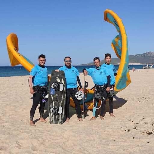 Diversión, adrenalina y seguridad en la práctica de Kitesurf en Cádiz - Pau Fuente Núñez - Gerente de Escuela Atltantic kite de Kitesurf en Tarifa