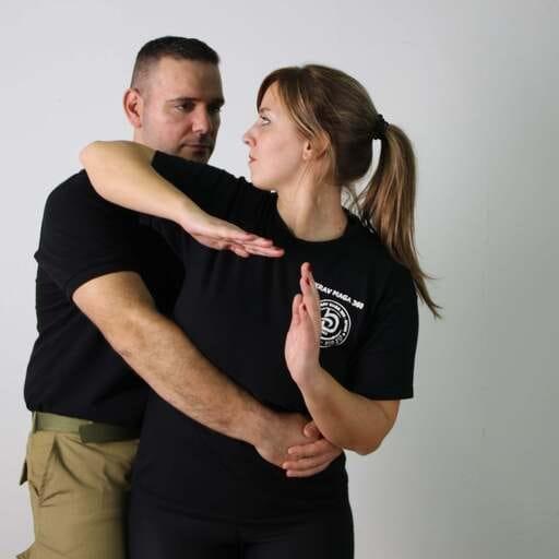 Haz del Krav Maga tu herramienta de defensa personal - José L. Bravo, instructor de Krav Maga en Barcelona.