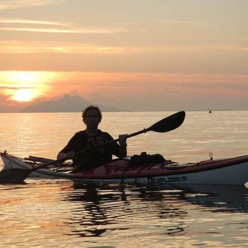 Explora la diversión del mar a través del Kayaking - Toni Albert Puig-Serra - Instructor de Kayaking en Girona