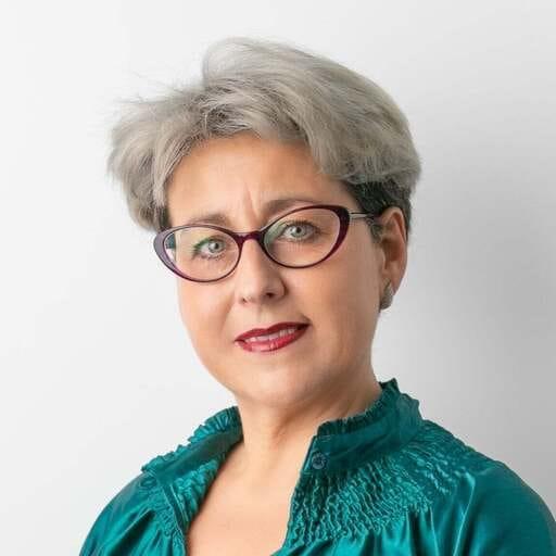 Orientación psicológica de parejas que revitaliza la unión - Carmela Cobo Soto - Psicóloga en Jaén