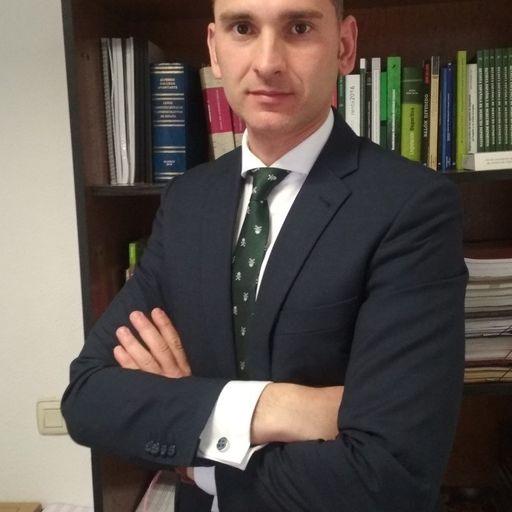 Despacho de abogados que te defiende con cercanía y profesionalidad - Alberto Rodríguez Tortosa, abogado civilista en Coslada (Madrid).