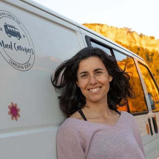 Viaja a tu gusto con la comodidad de una Camper - Rosa Agudo, especialista en alquiler de Campers en Barcelona.