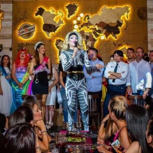 Tu evento más divertido en el corazón de Málaga - José Manuel Moreno Bravo, organizador de eventos y despedidas de solteros en Málaga.