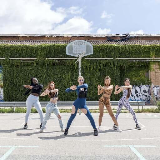 Bailar Dancehall y Twerk para estar en armonía perfecta - Attitude Skool - Baila con actitud en Barcelona