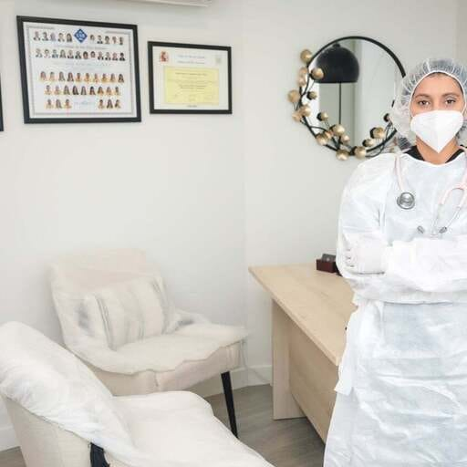 En busca de la belleza facial despidiéndonos de las arrugas - Joyssel López Flores - Médico Estético  en Pamplona