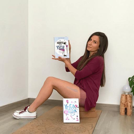 Clases de Yoga para potenciar tu salud y bienestar - Julia Arteaga Aguilar, instructora y comunicadora de Yoga en Albacete y online.
