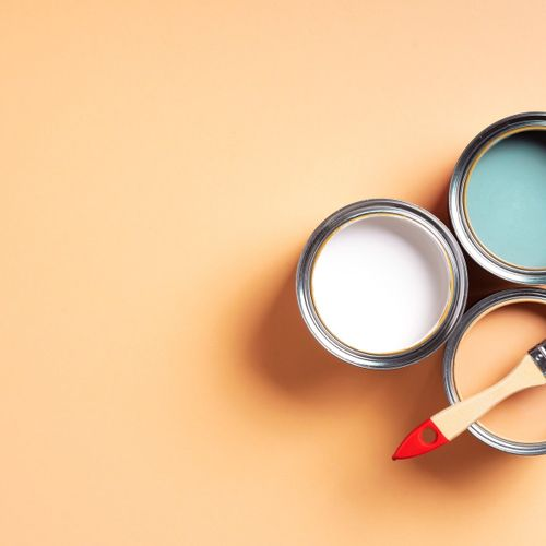 Blanquear o pintar paredes interiores